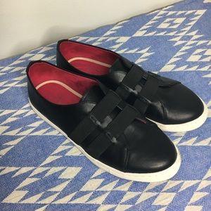 Taryn Rose Slip On Sneakers Black 7